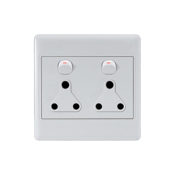 Saver Series: 4X4 Double Wall Switched Socket 2X16A